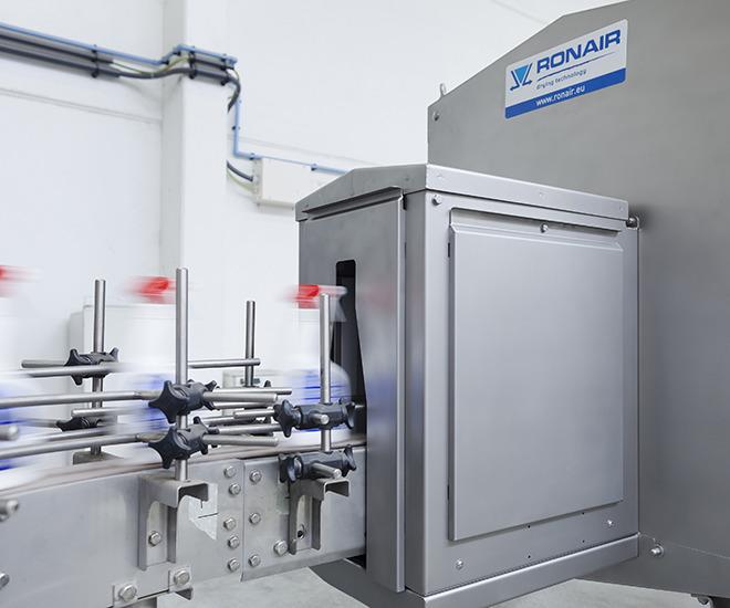 Ronair drying unit for spray bottles