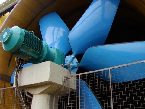 Ventilateurs avec pales à renforcement de fibre de verre , Almeco